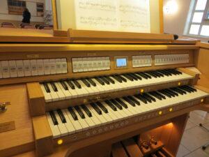 Orgel Johannus Ecclesia T-250